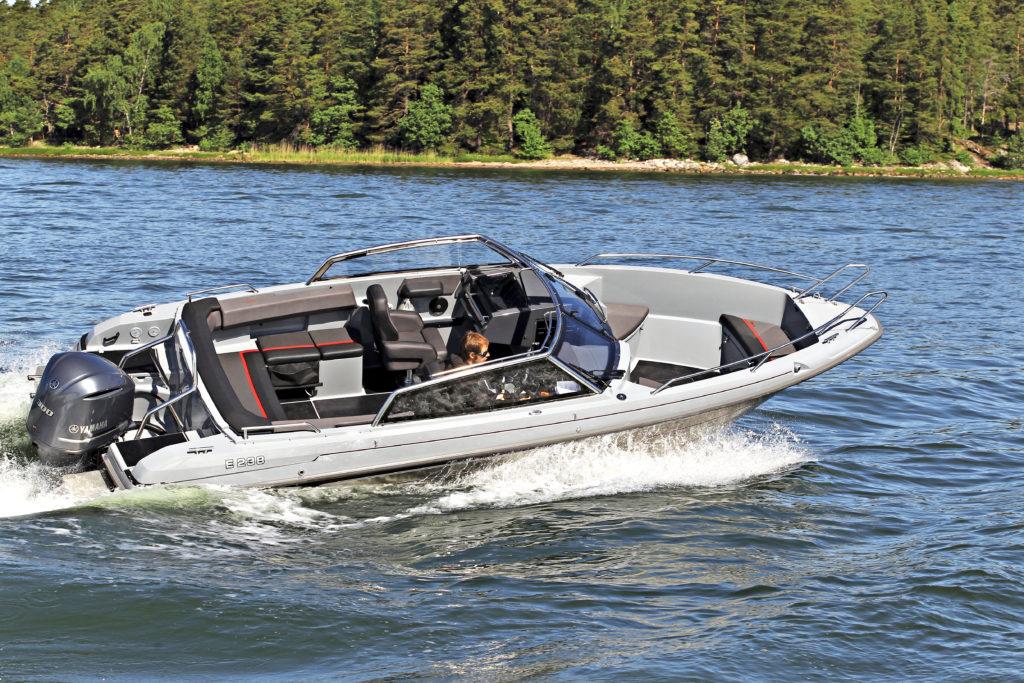 Konekesko Oy myy Yamarin-veneliiketoimintansa Yamaha Motor Europe N.V.:n omistamalle tytäryhtiölle Inhan Tehtaat Oy Ab:lle.